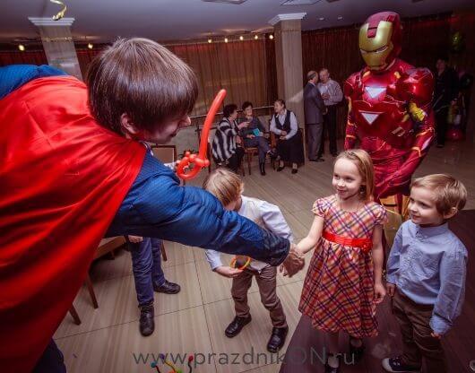 supermen-092-530x416