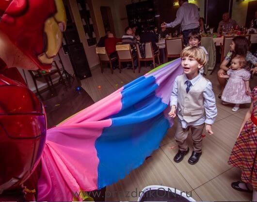 supermen-097-530x416